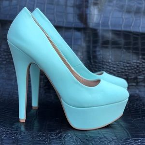 {Qupid} 🍭Penelope Pin Up Style Tiffany Blue Heels